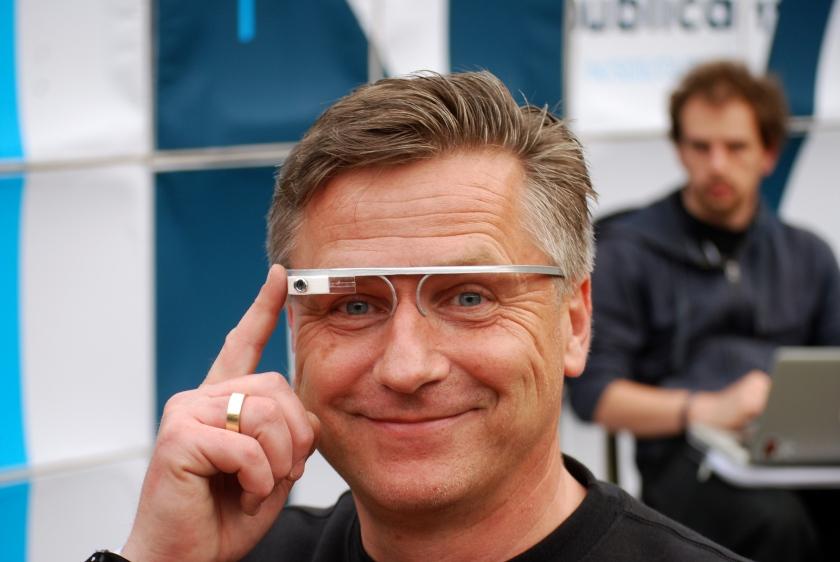 Google Glass für den mobilen Journalismus