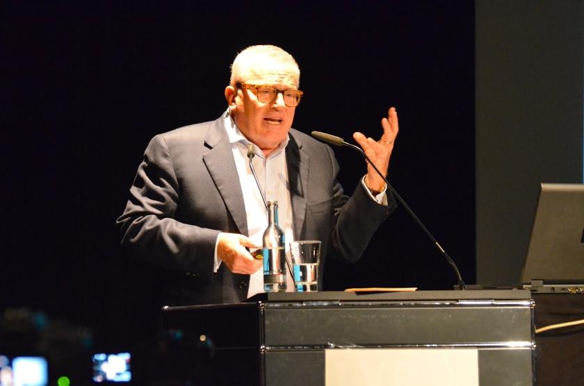 """Sattelberger-Keynote auf der #NEO15 """"Wir haben es mit einer Verrohung von Führung zu tun."""""""